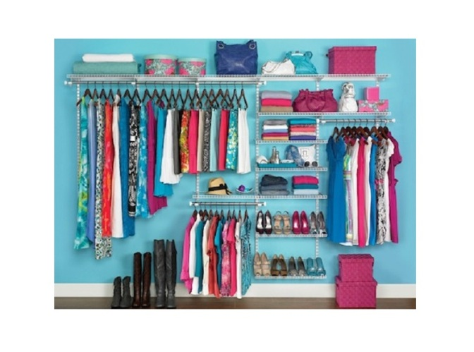 Organize Your Wardrobe With No Closet AND No Money